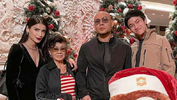 Meski Sudah Mualaf, Deddy Corbuzier Tetap Merayakan Natal