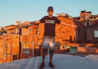 Jovem da favela ganha 1º milhão ensinando finanças no YouTube
