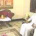 ஊடகத்துறை அமைச்சர் கயந்த கருனாதிலக - மல்வத்த பீட  ஸ்ரீசுமங்கள தேரர் சந்திப்பு.