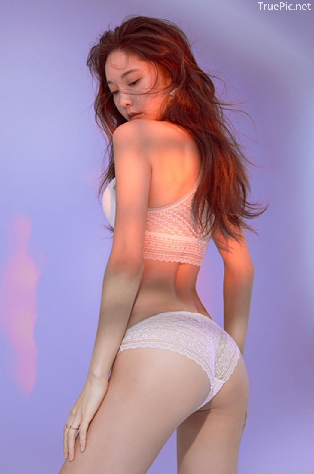Korean model and fashion - Park Soo Yeon - Beautiful White Bralette Lingerie Set - Picture 5