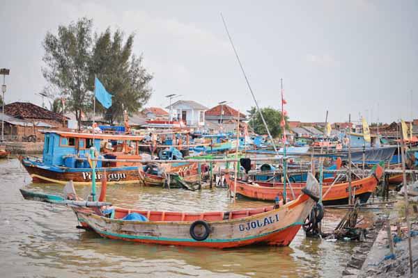 Kawasan Kampung Nelayan Pasir Putih