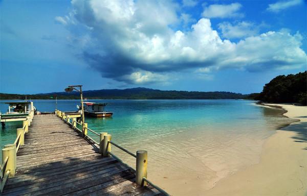 Kepulauan Handeuleum, salah satu yang disukai di Ujung Kulon