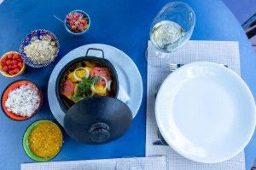 """Quer aproveitar a gastronomia do Itacaré Eco Resort sem sair de sua casa? Aprenda a preparar a deliciosa """"Moqueca de Peixe com Camarões"""" presente no cardápio do resort."""