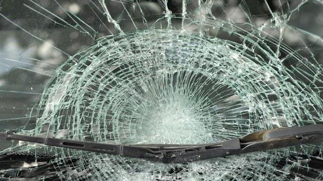 Meghalt egy árokba hajtó autó egyik utasa Karcagon