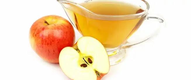 غسول الفم بخل التفاح من أفضل الحلول لتبييض الأسنان .