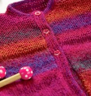 http://translate.google.es/translate?hl=es&sl=en&tl=es&u=http%3A%2F%2Fwww.letsknit.co.uk%2Ffree-knitting-patterns%2Ftia