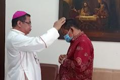 Uskup Agung Medan Berkati dan Doakan  Rapidin Simbolon Jadi Bupati Samosir Periode 2021-2024