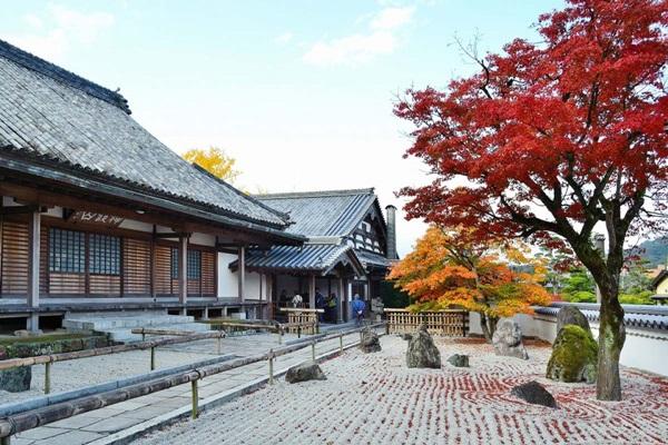 วัดโคเมียวเซ็นจิ (Komyozenji Temple: 光明善寺) @ www.zekkeijapan.com
