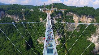 5 Jembatan Kaca Terkenal dan Terpanjang di Cina