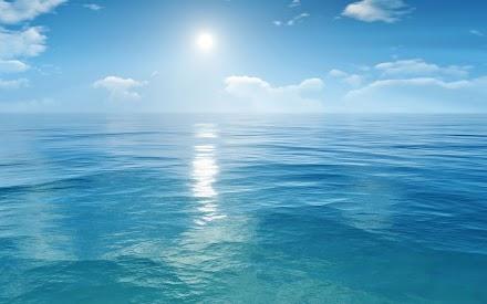 Γιατί η θάλασσα έχει χρώμα ενώ το νερό είναι διάφανο;