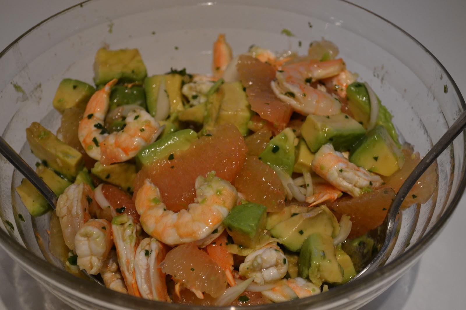 lili 39 s cookbook salade crevettes avocats et pamplemousse. Black Bedroom Furniture Sets. Home Design Ideas
