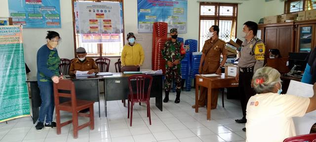Tepatnya DIkantor Puskesmas Raya, Personel Jajaran Kodim 0207/Simalungun Laksanakan Komsos Bersama Dinas Terkait