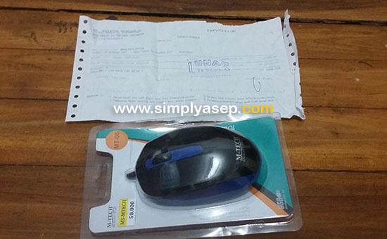 MOUSE : Inilah perangkat Mouse baru yang saya gunakan sekarang ini. Entah apakah ini mouse abal abal atau  bagaimana. Kita lihat saja nanti. Foto Asep Haryono