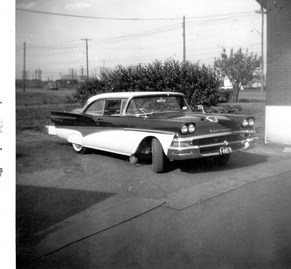 Fairlane Apartments: HOT RODS And JALOPIES: DO YOU LOCALS RECOGNIZE THIS GUY???