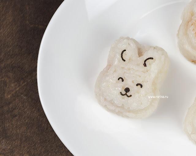 Зайчик из риса для детей: фото