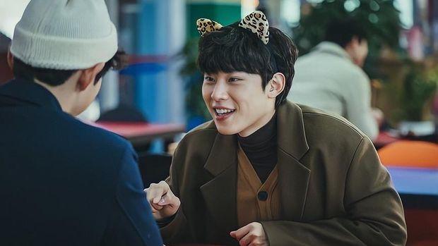 Song Joong Ki Aegyo Scenes with Men in Korean Drama Vincenzo