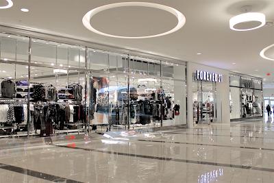cielo raso panel yeso en centros comerciales