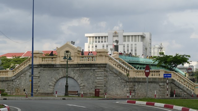Cầu Mống nối liền 3 thế kỷ ở Sài Gòn!