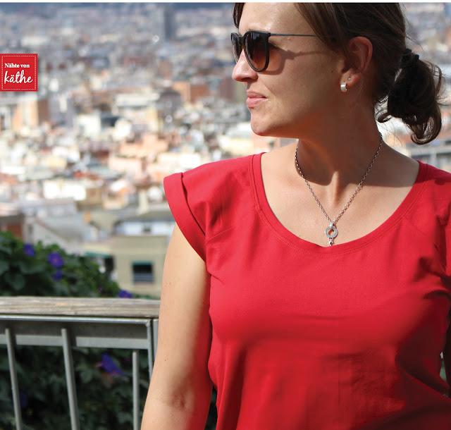 Faltenrock nach eigenem Schnitt und Shirt Frau Josy von Schnittreif