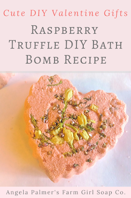 Looking for some cute DIY Valentine gifts? Look no further than this Raspberry Truffle DIY bath bomb recipe! These adorable bath bombs smell as sweet as they look, and they're good for your skin too!