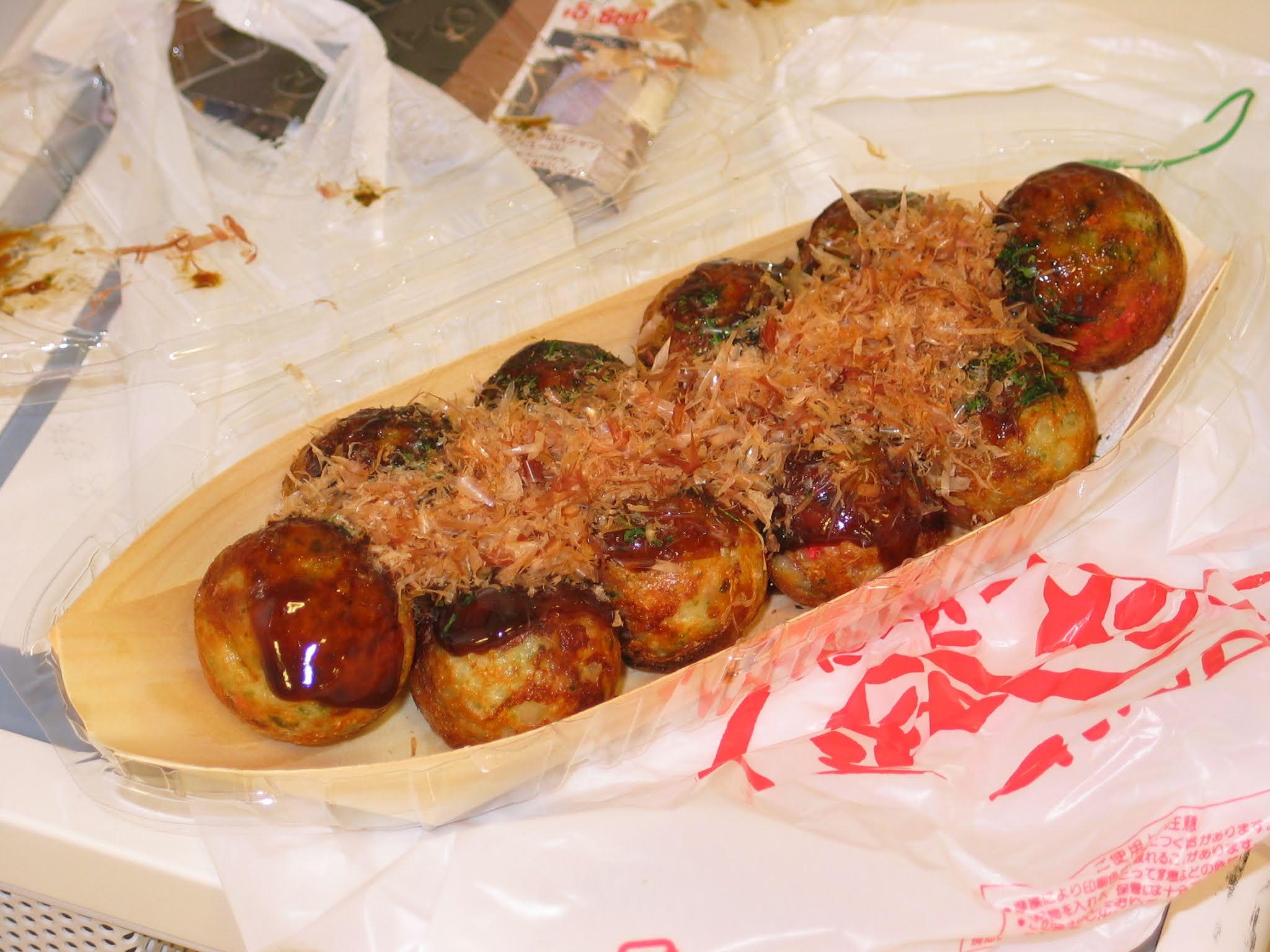 Makanan terenak di jepang - Takoyaki