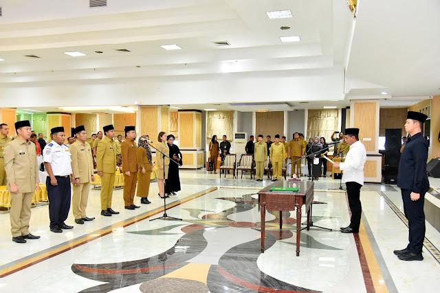 Gubernur Rotasi dan Lantik 7 Pejabat Eselon III