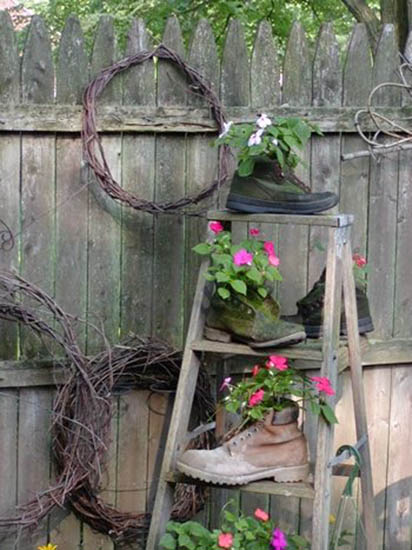 How to Recycle: Creative Recycling Ideas for Backyard ...