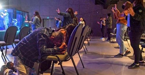 Governo de SP define igreja como atividade essencial durante pandemia
