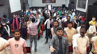 नगर पालिका परिषद में आत्मनिर्भर भारत के अंतर्गत 10000 की राशि का किया गया वितरण