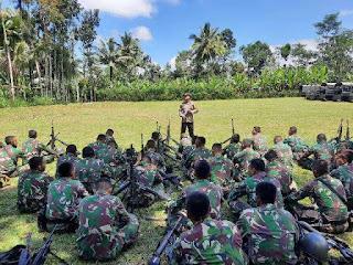 Kapolres Lumajang Ajak  TNI-Polri Saling Jaga Kekompakan