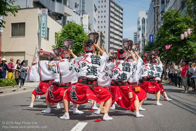 マロニエ祭りで浅草雷連の男踊りの踊り手達を撮影した写真 その3