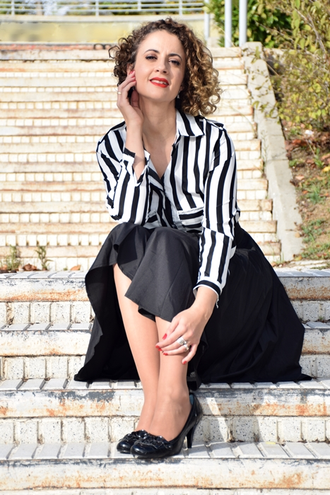 Outfit_falda_cintura_alta_negra_4