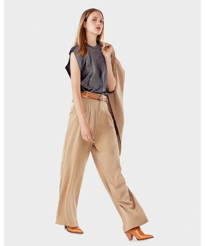 Blazer largo mujer beige moda invierno 2020.