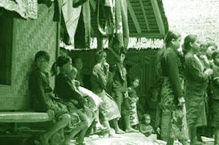 Nama-Pakaian-Adat-Tradisional-Suku-Baduy-Banten