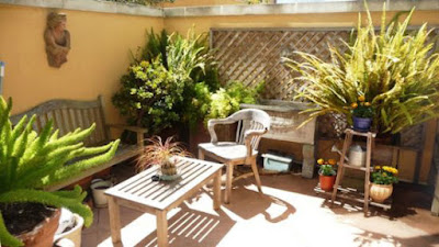 Small patio decoration idea for simple design