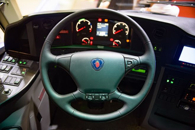 Buồng lái Scania A50 hiện đại nhưng dễ dàng điều khiển