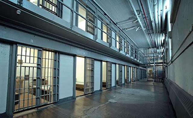 Suecia cierra sus cárceles por falta de reos.