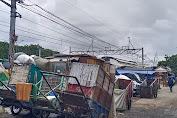 Warga Keluhkan Bangunan dan Parkir Liar di Wilayah RW 01 Angke