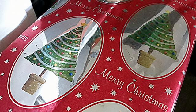 Papel de regalo navideño