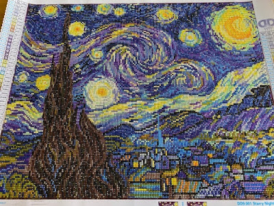 Diamond painting - Van Gogh Starry Night design completed