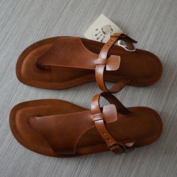 A la découverte des chaussures de Ngaye, petite commune de la région de Thiés au Sénégal: Mode, artisanat, local, tradition, cordonnerie, chaussure, cuir, homme, femme, Ngaay, Mékhé, LEUKSENEGAL, Dakar, Thiès, Sénégal, Afrique