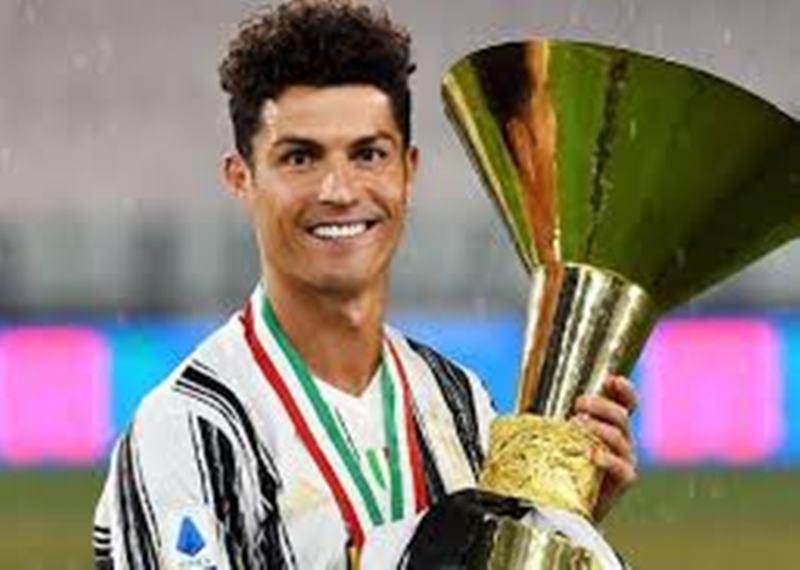 Ronaldo Dikabarkan Hengkang ke PSG