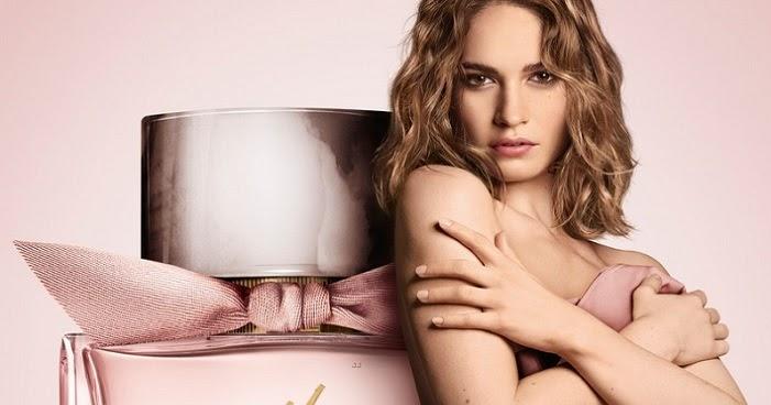 Bella hadid seemingly nude in burberry pocket bag campaign