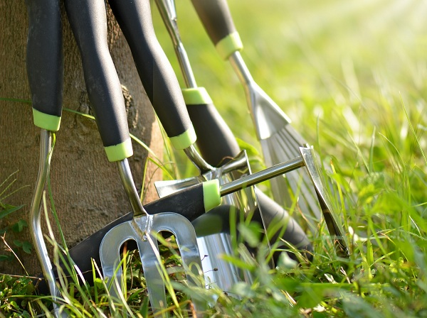 Love You Gardening Common Gardening Tools For Gardeners