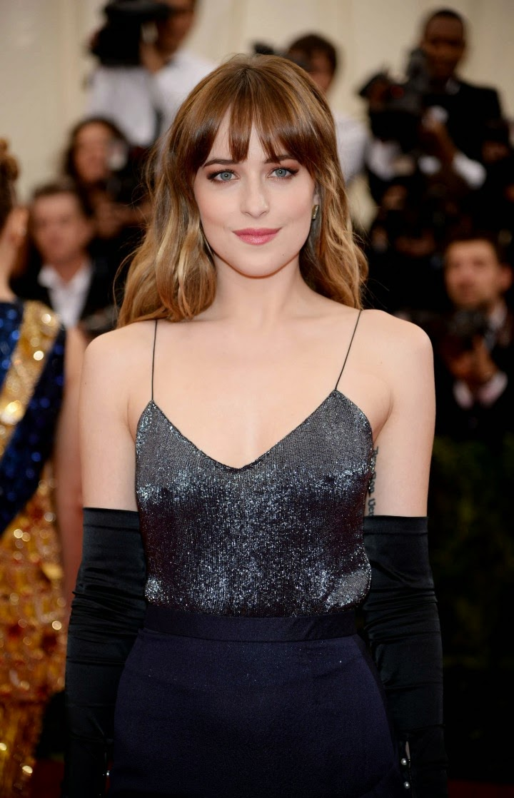 Dakota Johnson Wears Slinky Jason Wu Dress To The 2014 Met