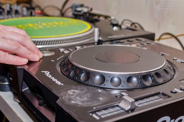 DJ тусовка в первый день 2020 года
