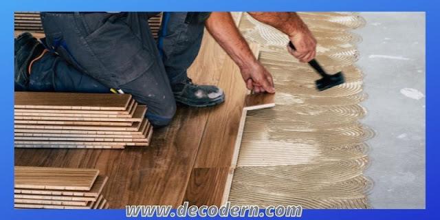 proses pemasangan lantai kayu