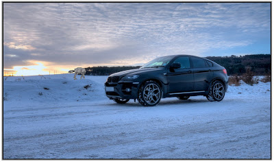 Club 4 Buzz Bmw X6 In Snow