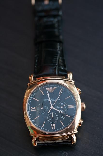 Đồng hồ đeo tay nam Armani dây da bán chạy nhất 2016
