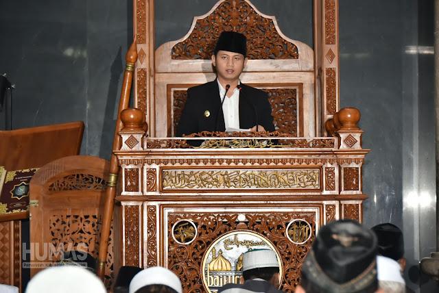 Lanjutkan Tradisi, Bupati Trenggalek Shalat Id di Masjid Baiturrahman